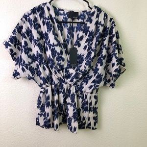 Greylin Blue & White Top with Elastic Waist Size S
